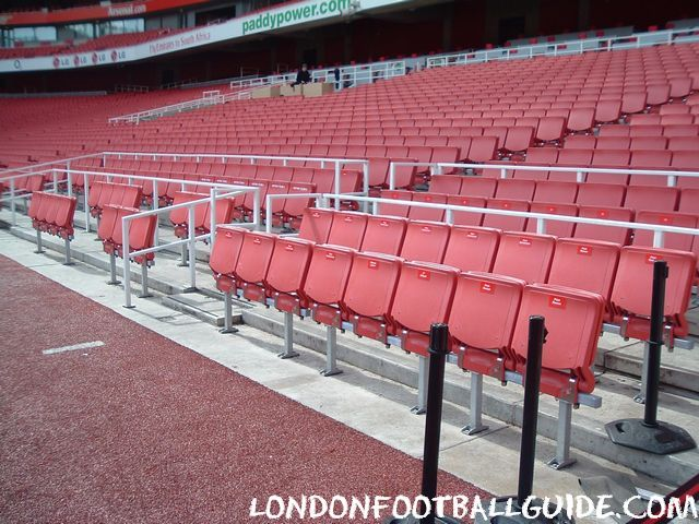 - Emirates_Stadium_Arsenal_FC_35
