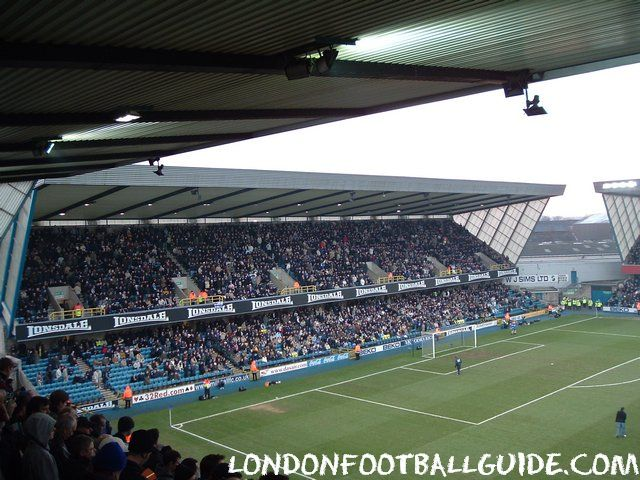 The Den - Cold Blow Lane End crowded - Millwall FC - londonfootballguide.com